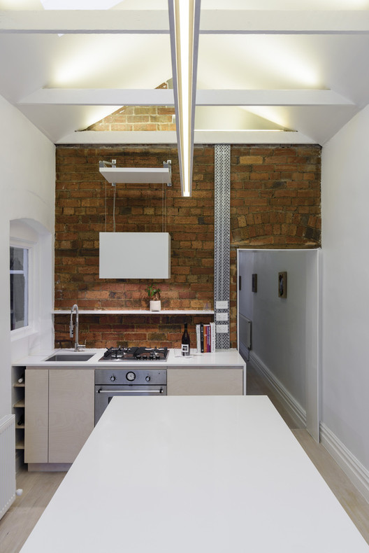 Smart Configurations For Small Kitchens