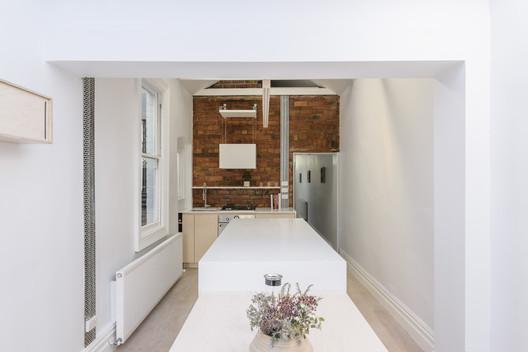 Curtain Cottage / Apparte Studio. Image © Daniel Aulsebrook