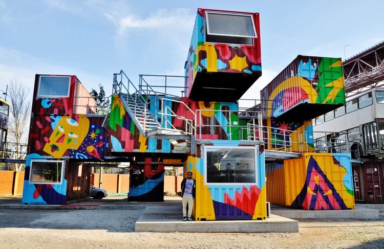 Lisboa e a cultura dos murais urbanos de grafite, Artista: AkaCorleone. Ano: 2014. Foto de Target . Image Cortesia de Undergdogs