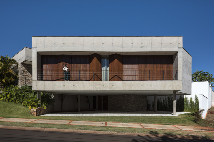 Casa LCC / Aguirre Arquitetura, © Leonardo Finotti