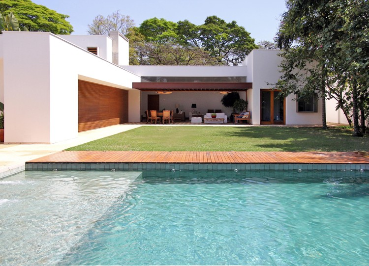 Miralta House / Vasco Lopes Arquitetura, © Nadia Ramos
