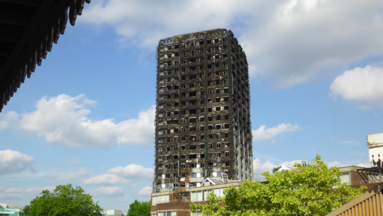 Adjaye Associates Among Team of Designers To Create Strategy for Grenfell Estate, Grenfell Tower was destroyed by fire in 2017. Image © <a href='https://www.flickr.com/photos/paulhird/35374233943'>Flickr user paulhird</a> licensed under <a href='https://creativecommons.org/licenses/by-sa/2.0/'>CC BY-SA 2.0</a>