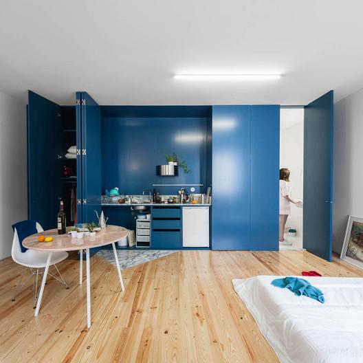 Casa na Rua Faria Guimarães / Fala Atelier. Image © Ricardo Loureiro
