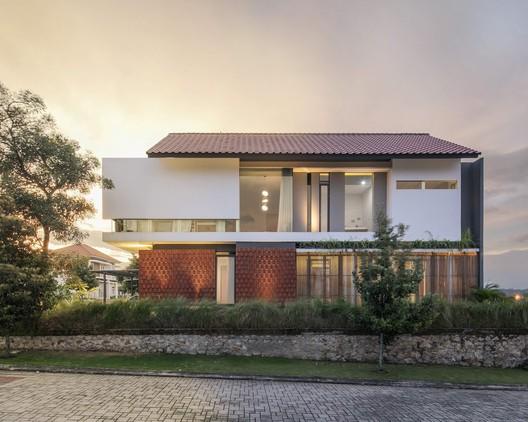 RN House / Rakta Studio