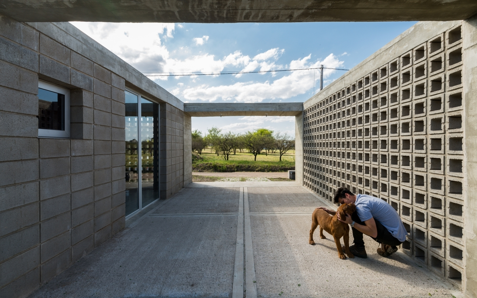Gallery of Concrete Blocks in Architecture: How to Build