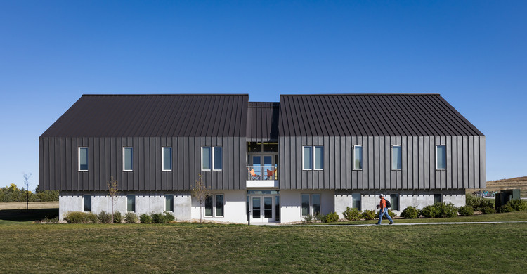 Eagle Ridge Student Housing / BVH Architecture, © Paul Crosby