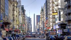 Comienzan las obras para convertir en peatonal nocturna la avenida Corrientes de Buenos Aires