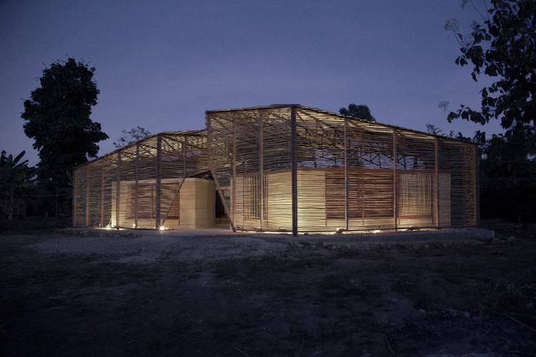 Min Tu Won School / Orbe Architecture + Estudio Cavernas + INDA + W.E. Wattanachote + Lasavanich, © Juan Cuevas