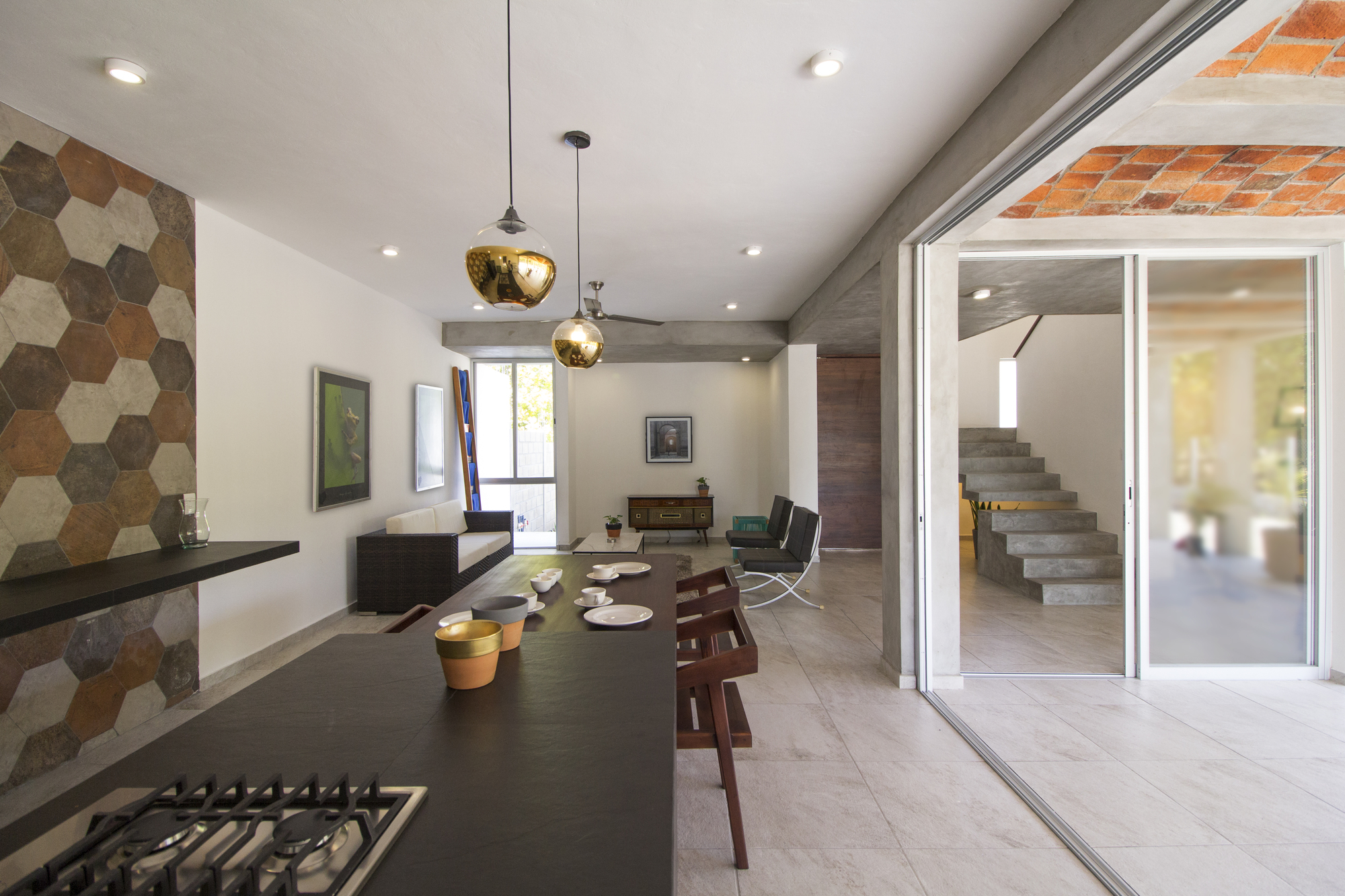 Galeria de casa mida apaloosa estudio de arquitectura y for Estudio de arquitectura y diseno