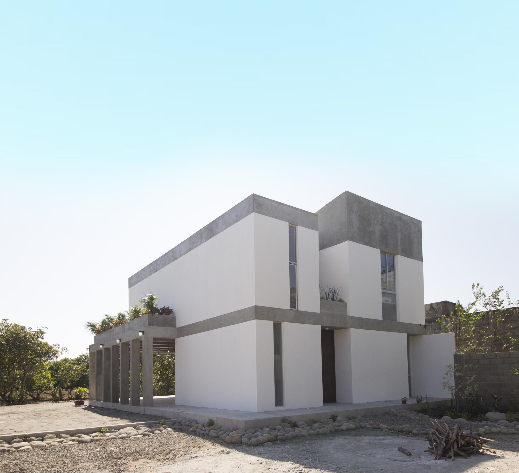 Galer a de casa mida apaloosa estudio de arquitectura y for Arquitectura y diseno de casas