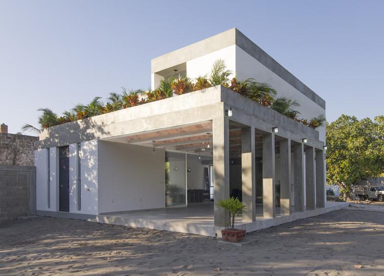 Casa MIDA  / Apaloosa Estudio de Arquitectura y Diseño, © Carlos Berdejo Mandujano