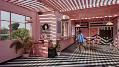 The Pink Zebra Restaurant / Renesa Architecture Design Interiors Studio