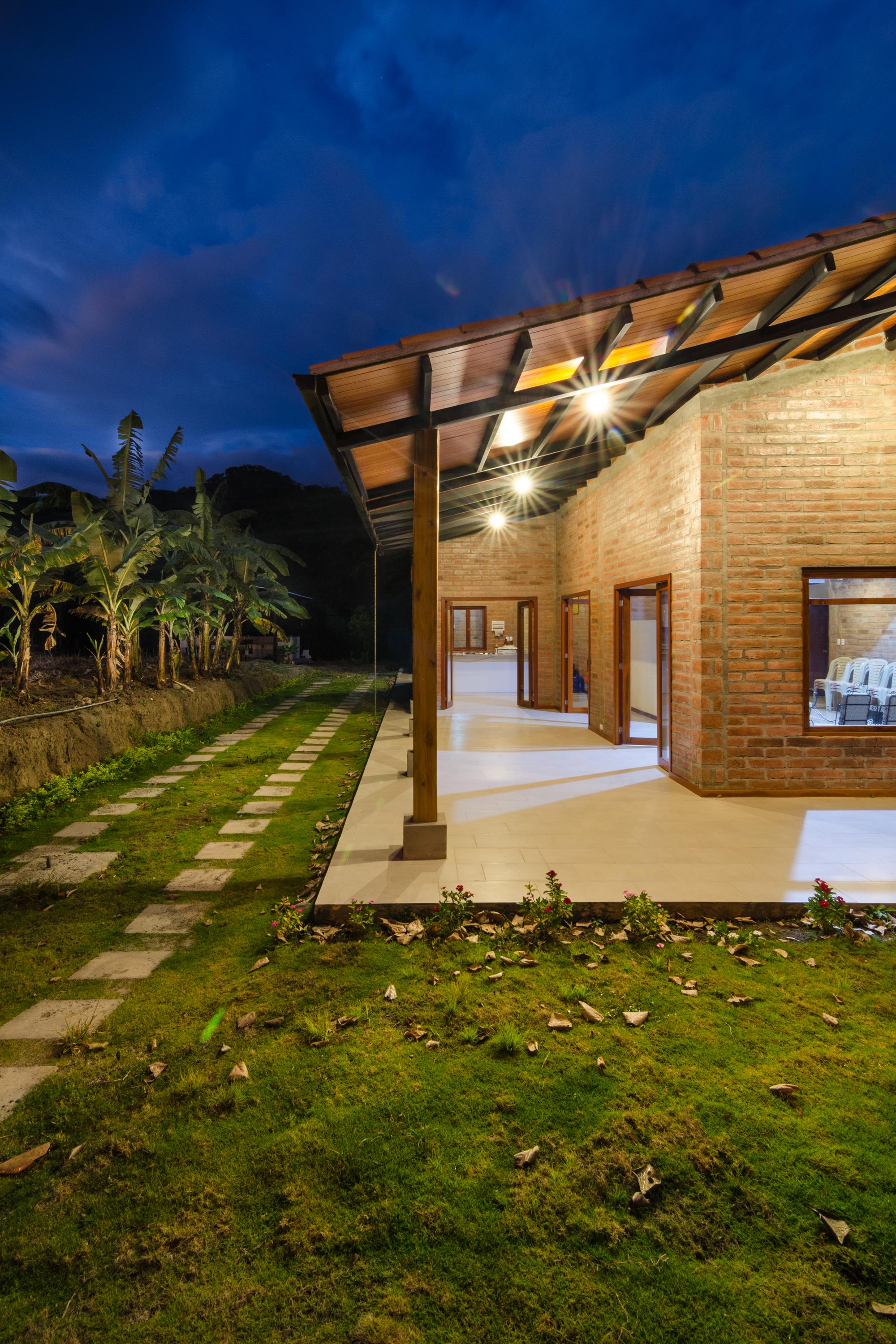 Galer a de la casa de los abuelos ab arquitectura for Casa de los azulejos arquitectura