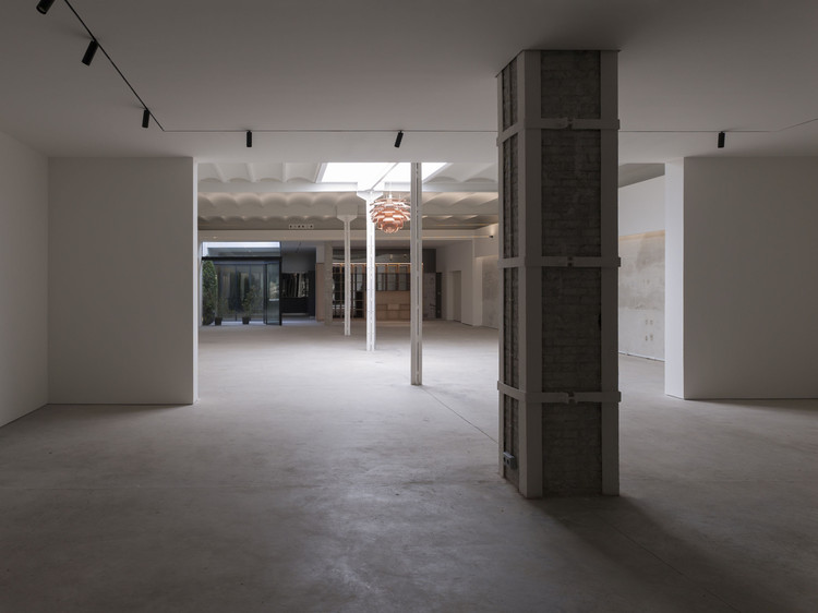 Showroom en Calle Sevilla / Cosín Estudio, © Mayte Piera