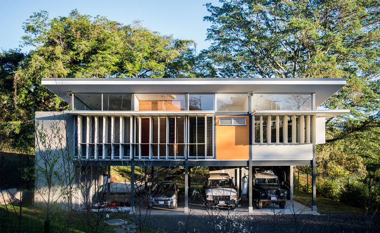 Residencia VV / 10˚84˚ Arquitectura, © Adrián Aguilar González