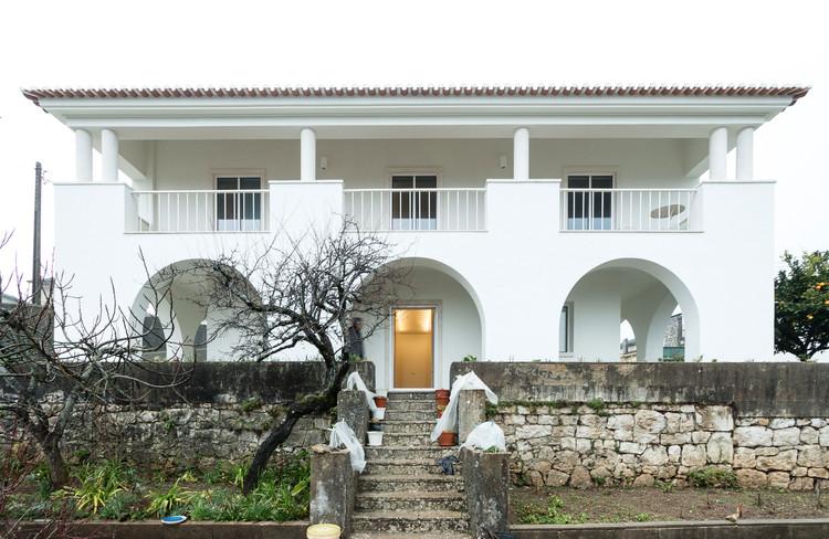 Casa em Fátima / Helena Botelho Arquitectura, © Nuno Almendra