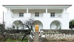 Casa em Fátima / Helena Botelho Arquitectura