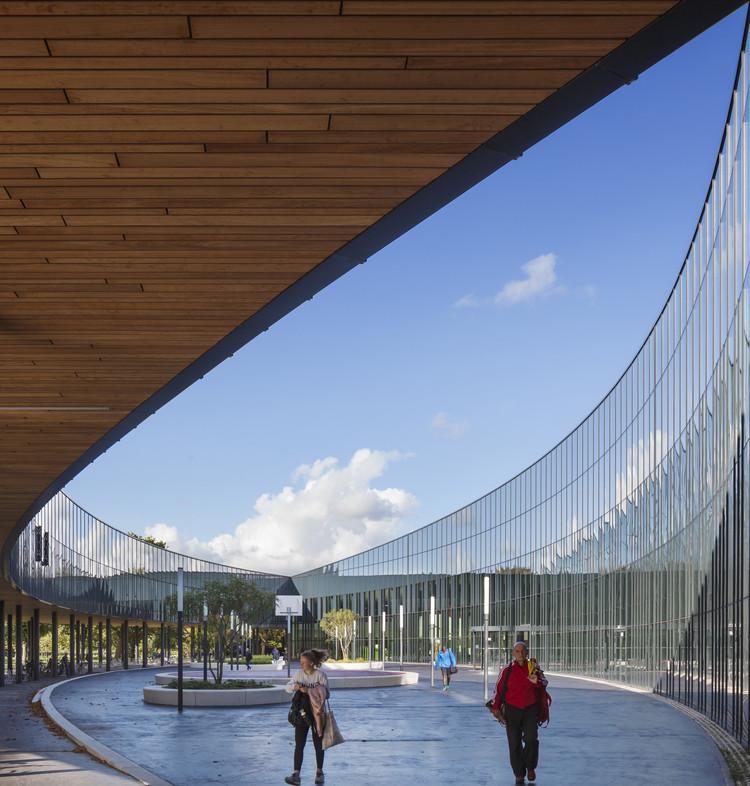Sportcampus Zuiderpark / FaulknerBrowns Architects, © Scagliola Brakkee