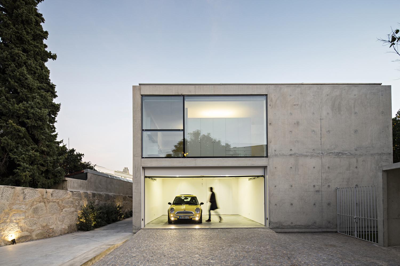 House in Oporto, Serralves / João Vieira de Campos