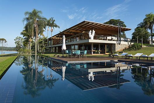 Fazenda Avaré / Sandra Sayeg Tranchesi Arquitetura
