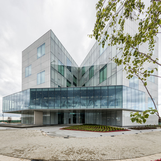 Intertech R&D Building / ERA Architects