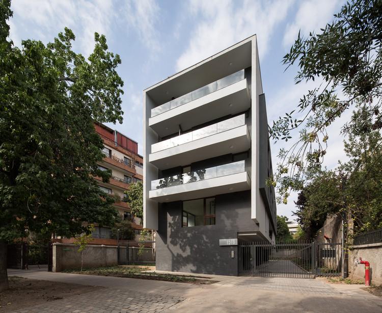 Edificio Jorge Matte / llll PARALELA, © Nico Saieh