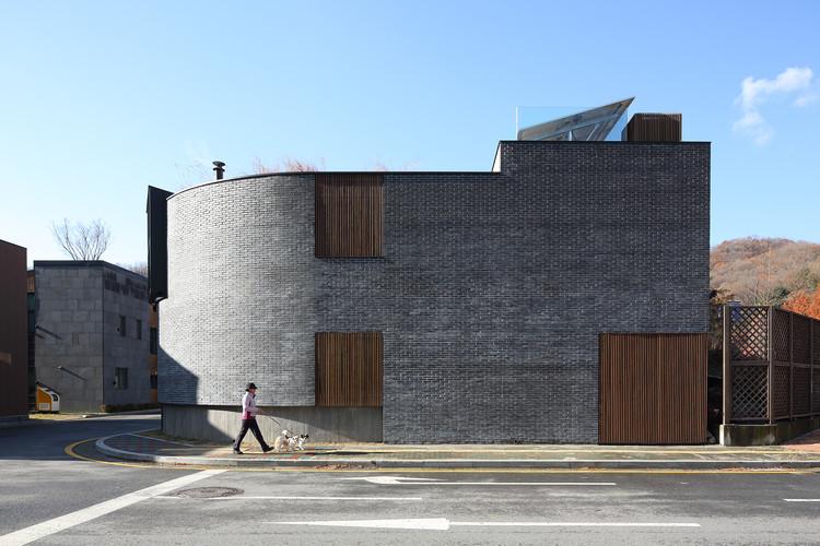 Residência Pangyo H / Kim Seunghoy (Seoul National University) + KYWC Architects, © Kim Jaekyung