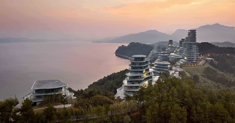 """Ma Yansong: """"Some People May Say My Work Is Futuristic, But I See It as Traditional"""", Huangshan Mountain Village. Image © Hufton + Crow"""