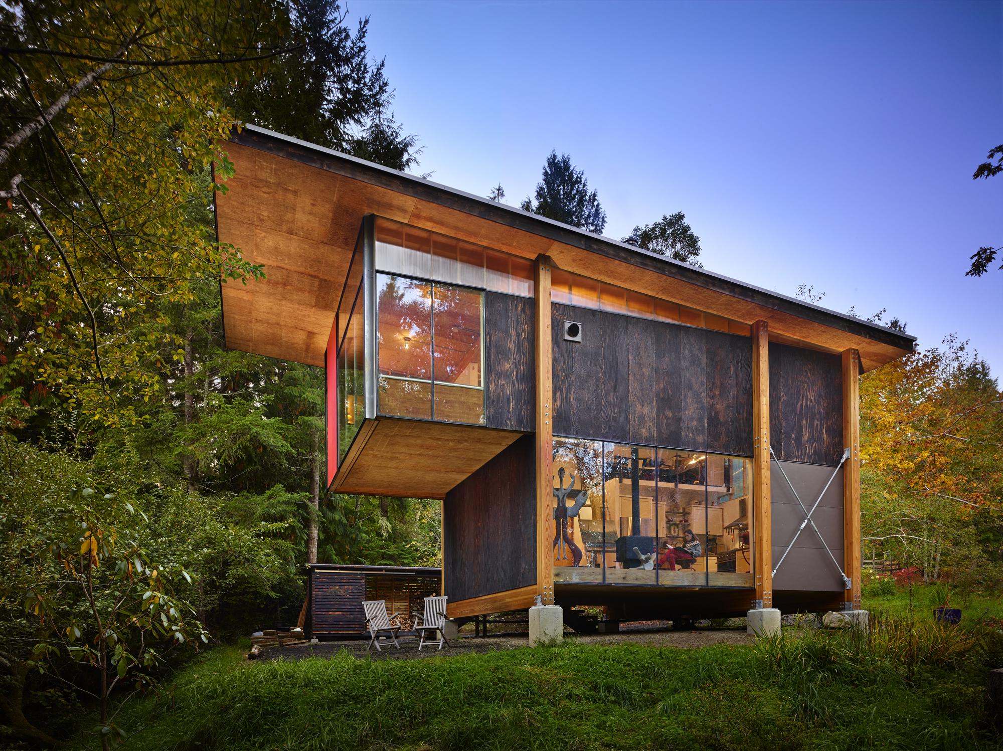 Estudio Scavenger / Eerkes Architects + Olson Kundig
