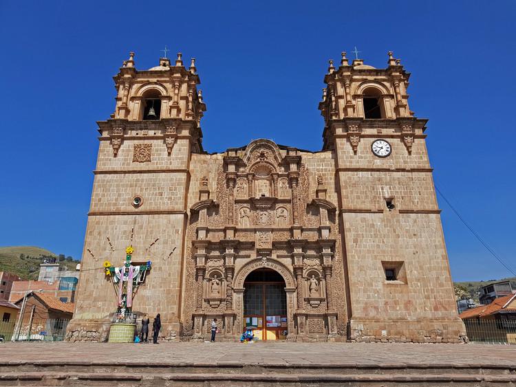 Guía de arquitectura de Puno: 8 lugares que todo arquitecto debe conocer, Catedral de Puno. Image © Nicolás Valencia