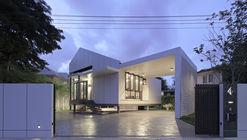 Pichai House / Kittiya Architects