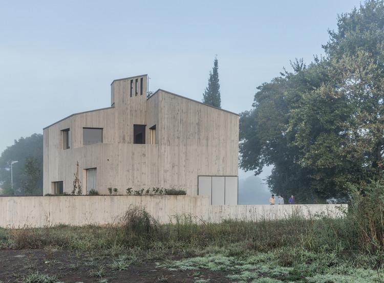 La casa cáscara de Marunys / unparelld'arquitectes, © Pep Sau