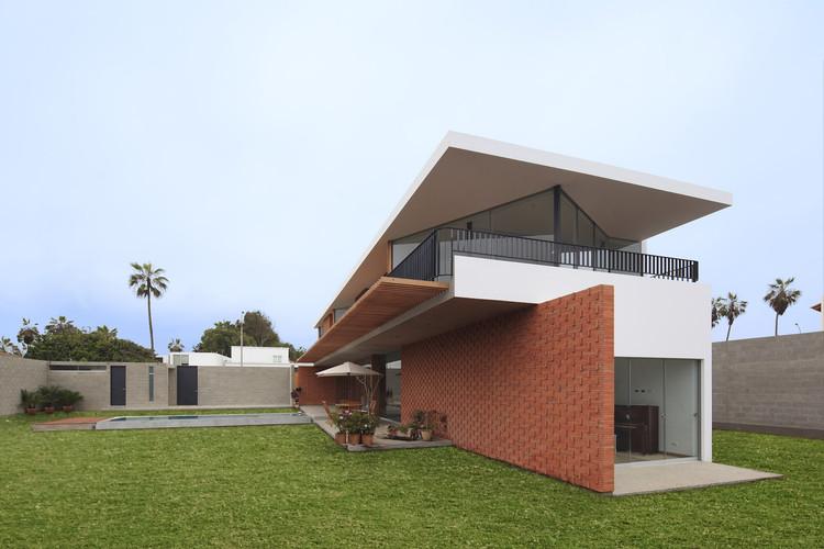 Casa ChaPa / Poggione + Biondi Arquitectos, © Juan Solano Ojasi