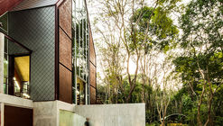 Sattrapirom Meditation Center / Ken Lim Architects