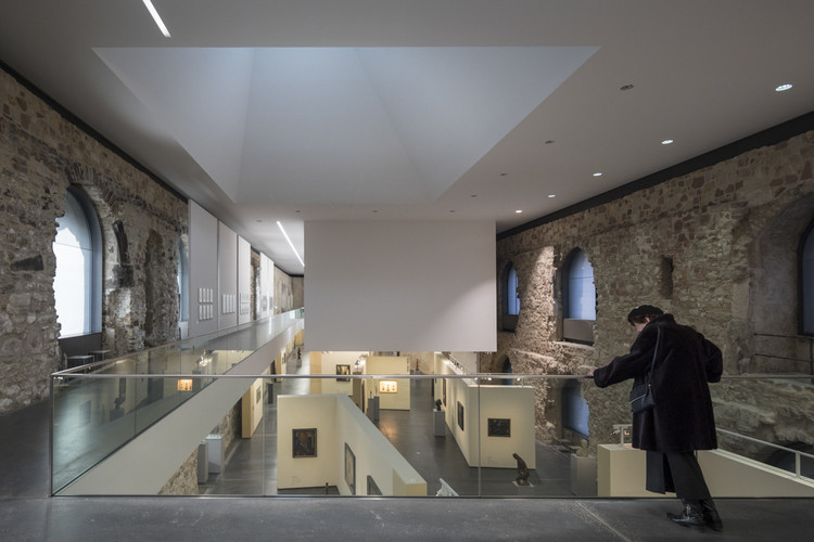 A New Roof By Nieto Sobejano Arquitectos Turned This Ancient German Castle  Into An Enlarged Exhibition