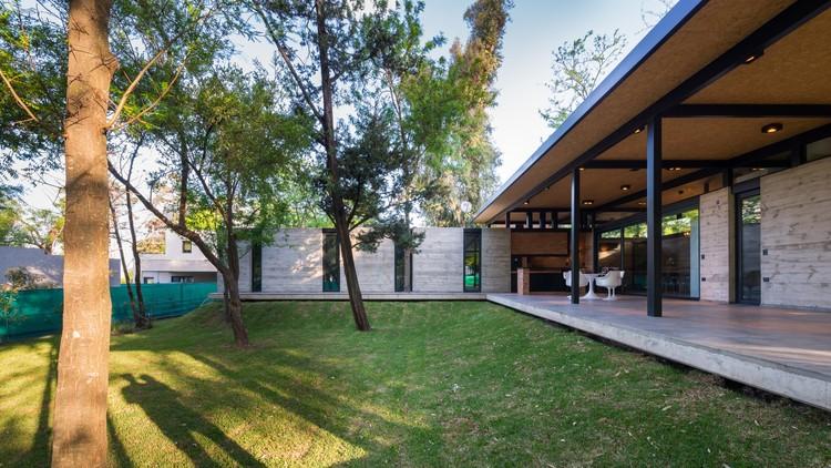 Casa para dos abuelos  / Miguel Angel Viano Arquitecto, © Gonzalo Viramonte