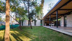Residência para os avôs / Miguel Angel Viano Arquitecto