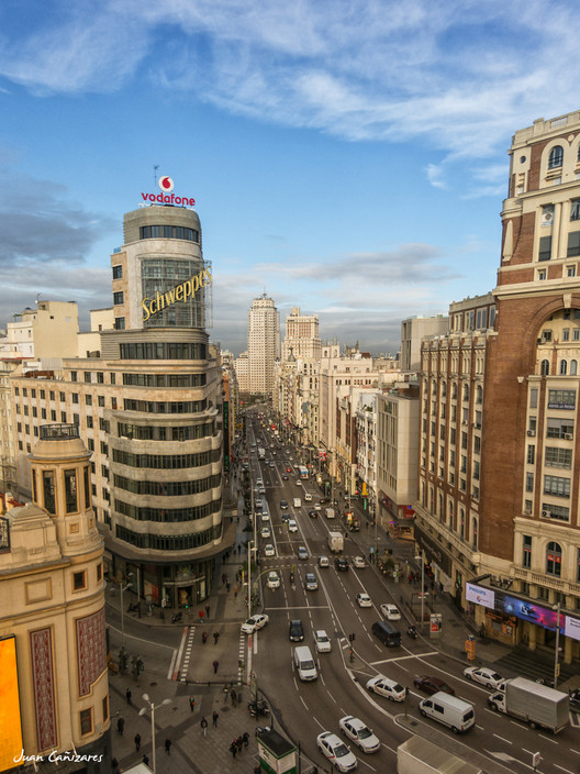 El Edificio Capitol, ícono de la Gran Vía madrileña, es declarado Bien de Interés Cultural, © Juan Cañizares [Flickr], bajo licencia CC BY 2.0