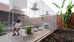Chicken House / Tropical Space