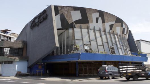 Cinema Tauro / Walter Weberhofer (1958). Image © Nicolás Valencia