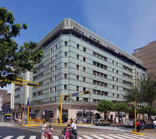 La Nacional Building / Enrique Seoane Ros (1947-1948). Image © Nicolás Valencia
