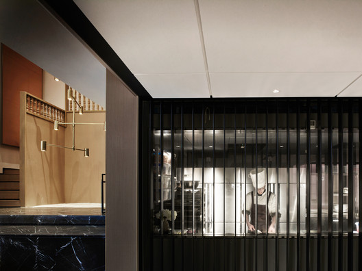 1F Canteen, Open Kitchen and Space. Image © Kuo-min Lee
