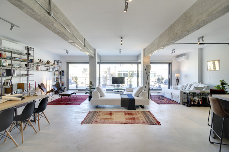 Industrial Loft in Athens / Konstantinos Pittas, © I&O Photography