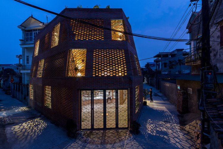Brick Cave / H&P Architects, © Nguyen Tien Thanh
