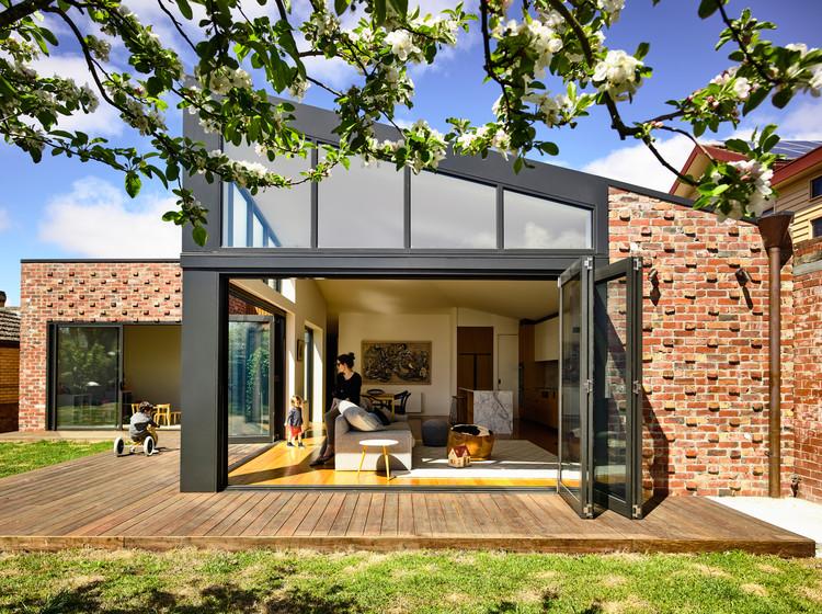 Casa no Lago Wendouree / Porter Architects, © Derek Swalwell