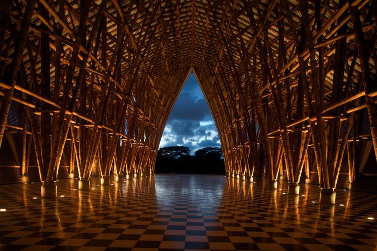 Construcciones en guadua: una técnica local en Colombia que debes conocer, Templo sin religión / Simón Vélez. Image © BBC Worldservice [Flickr], bajo licencia <a href='https://creativecommons.org/licenses/by-sa/2.0/'>Creative Commons</a>