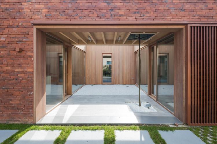 House H / dmvA Architecten, © Sergio Pirrone