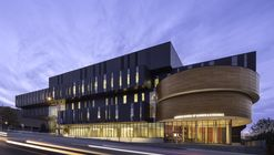 Lazaridis Hall / Diamond Schmitt Architects