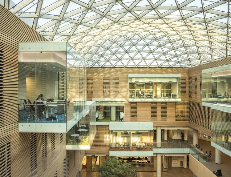 Lazaridis Hall / Diamond Schmitt Architects   ArchDaily