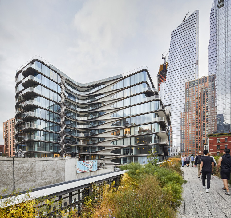 Take a 360 Video Tour of Zaha Hadid Architects' New Building on the High Line, © Hufton+Crow